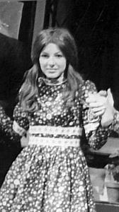 Karen Faulkner played Anne Marie, Maud's sister.
