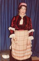 Joan Bayman (Catherine Petkoff)