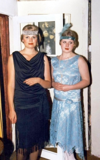 Hay Fever 1990 A
