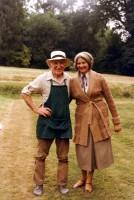 Fred (the gardener McReady), Sandra Jacques (Miss Mackay)