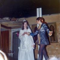 Princess Dulcibella (Stephanie Jenner) and Prince Ivarro (Sue Anker)